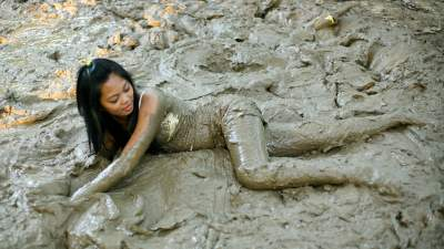 mud-girls-riding-nude-wet-teen-fuck-movie-no-fees